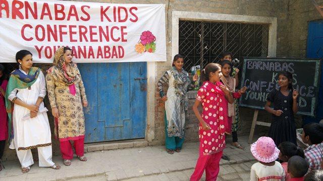 Pakistan.MissionSchools.celebration.last (25)