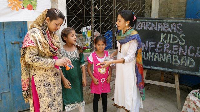 Pakistan.MissionSchools.celebration.last (45)