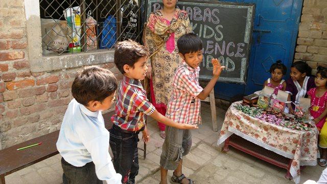 Pakistan.MissionSchools.celebration.last (47)