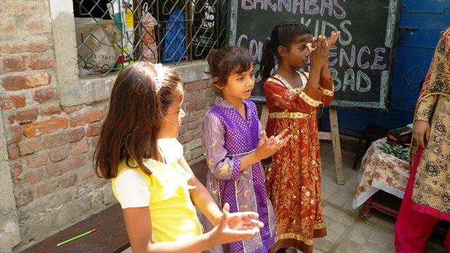 Pakistan.MissionSchools.celebration.last (53)