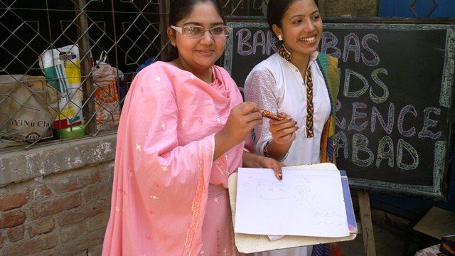 Pakistan.MissionSchools.celebration.last (56)
