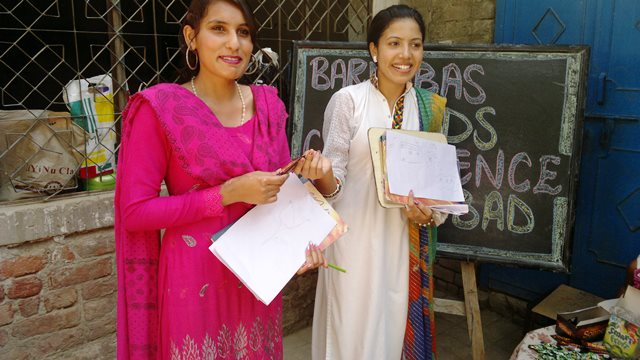 Pakistan.MissionSchools.celebration.last (57)
